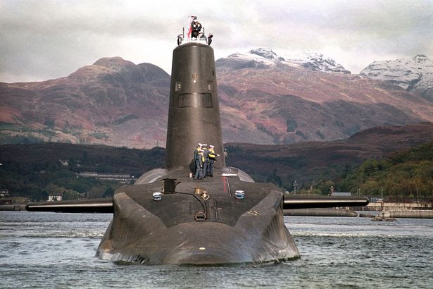 16.000 ton Trident classe sottomarino nucleare della Royal Navy Vanguard