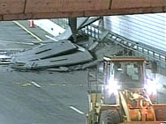 The Big Dig - 15 tons of concrete fell from a tunnel ceiling onto Milena Del Valle's car.
