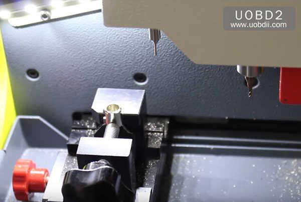 трубчато-копировально-фрезерный-втор-e9 ключ-машина 37