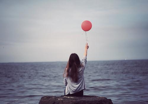 A vida não tem que ser perfeita. Só tem que ser vivida.