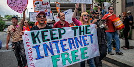 Net neutrality supporters plan nationwide protests on December 7