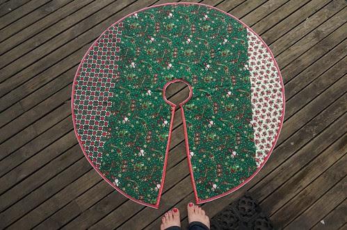 Tree Skirt back