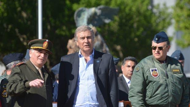 Aguad dio el primer paso para avanzar en la reforma de las Fuerzas Armadas