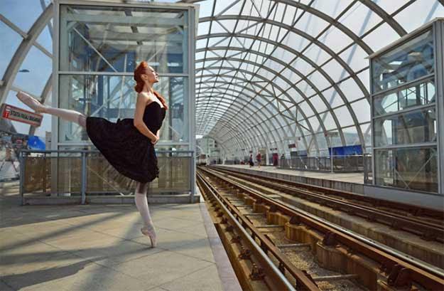 Dancing Bucharest - dansatoare: Diana Ferencz.