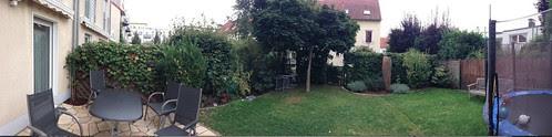 panorama-of-small-garden