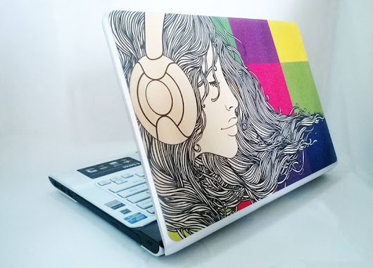 Customized Wooden Laptop Skins !
