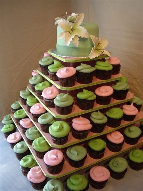 Cupcake Stand 100 Cupcakes. Jusalpha Large 7 tier Acrylic