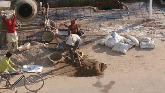 Play Video: Hard work always pay. Look at this labourer handicapped