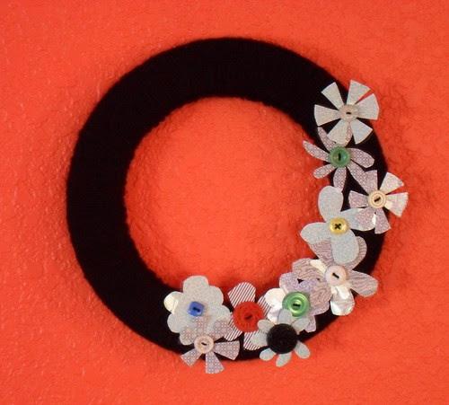 faux vintage brooch wreath