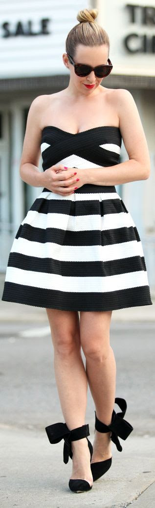 River Island Black And White Fit And Flare Striped Bandeau Party Dress by Brooklyn Blonde