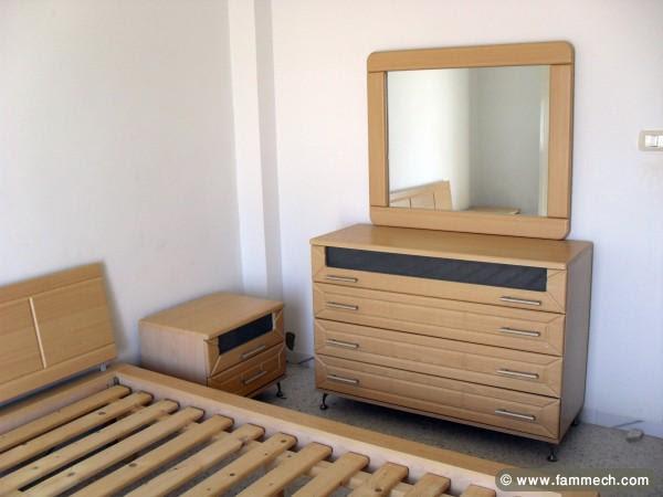 Meuble chambre a coucher a vendre - Table de lit
