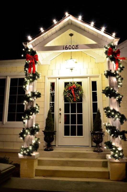 Residential Holiday Lighting Displays