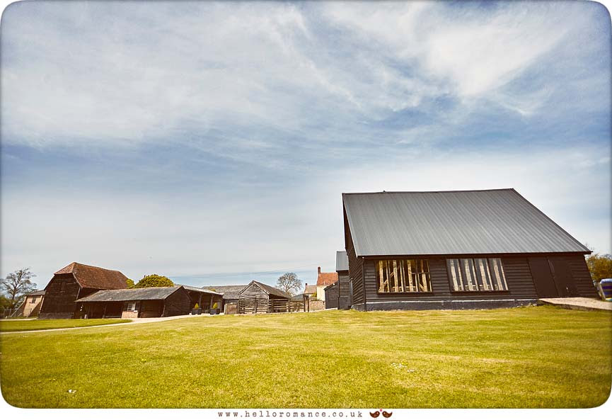 Suffolk Barn in Hawstead - www.helloromance.co.uk
