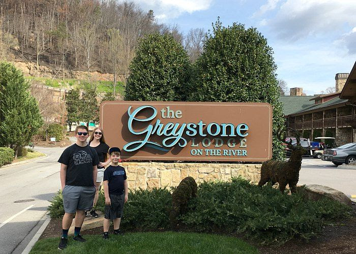Greystone lodge on the river in gatlinburg, tennessee
