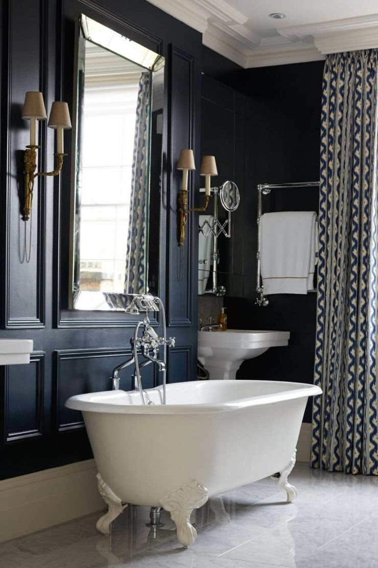 How to Create a Victorian Style Bathroom with a Modern ...