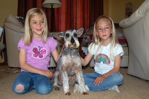 The girls and Brewster