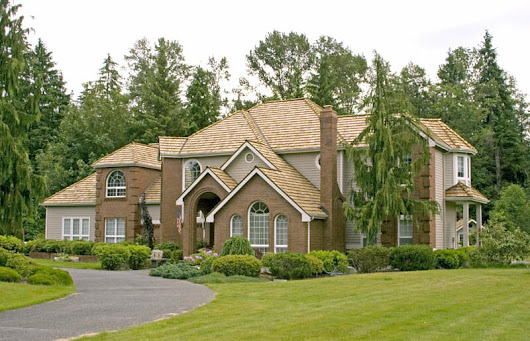 Wood Shake Roof Maintenance and Preservation Grayslake IL