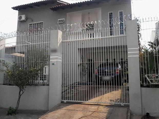 Algumas famílias beneficiadas moravam em casas de luxo e alto padrão, segundo a Prefeitura de Cuiabá (Foto: Michel Alvim/Prefeitura de Cuiabá)