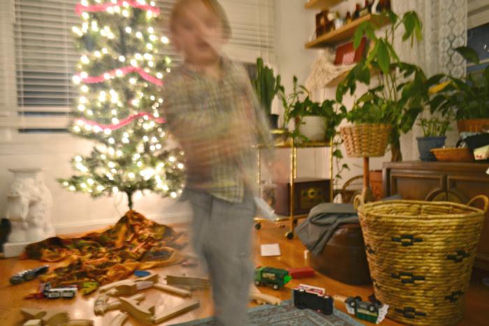 bluured-carson-november-2015-preparing-for-christmas
