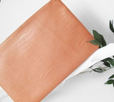 Misoui Oversized Clutch