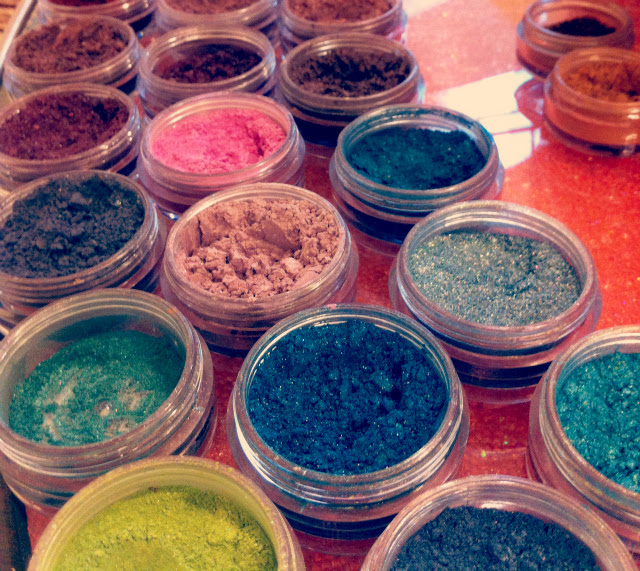 4 eyeshadows make-up beauty blog lifestyle vivatramp