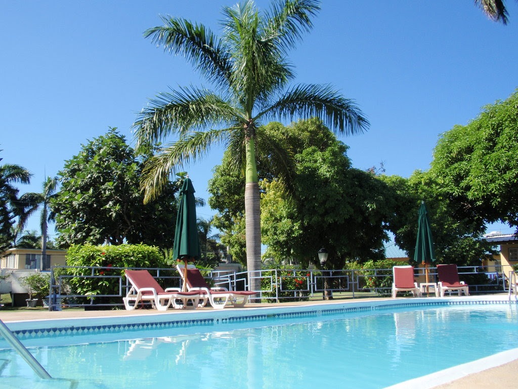 Tobys Resort Cheap Vacations Packages  Red Tag Vacations