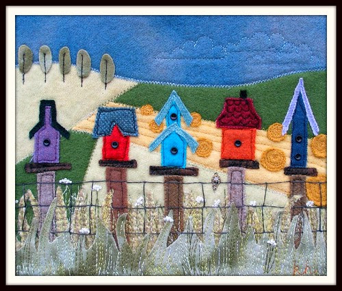 Birdhouse Fence - a woolly mini quilt!