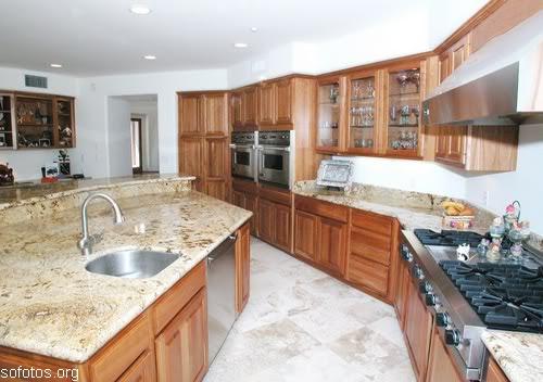 Cozinhas planejadas de madeira