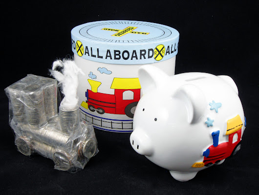 What Makes Personalized Piggy Banks Fun Gifts For Boys? A Money Train!