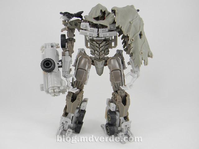 Transformers Megatron DotM Voyager - modo robot