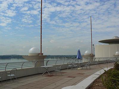 monon terrasse.jpg