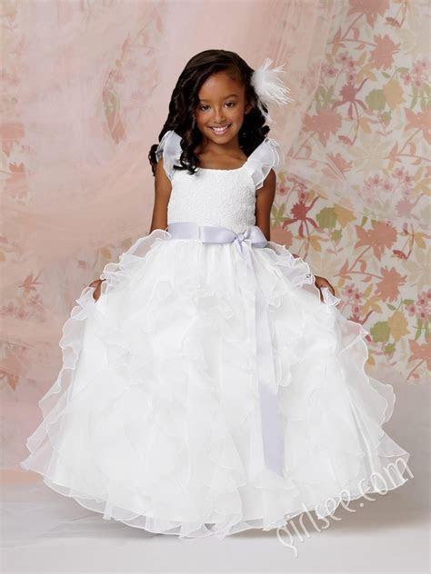Top 15 Fancy Flower Girl Dress Designs ? Makeup & Hair For