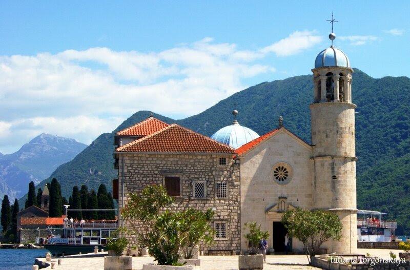 Церковь Богоматери на острове