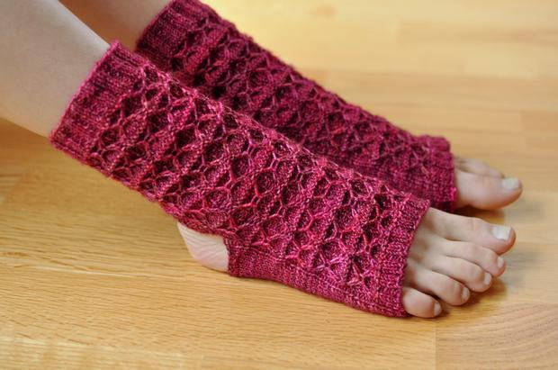 Donna's Yoga Socks - Knitting Pattern