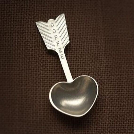 heart coffee scoop - hand cast pewter spoon