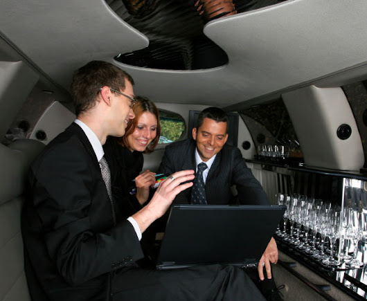 Rent A Limo for Your Corporate Holiday Party Before They're Booked!
