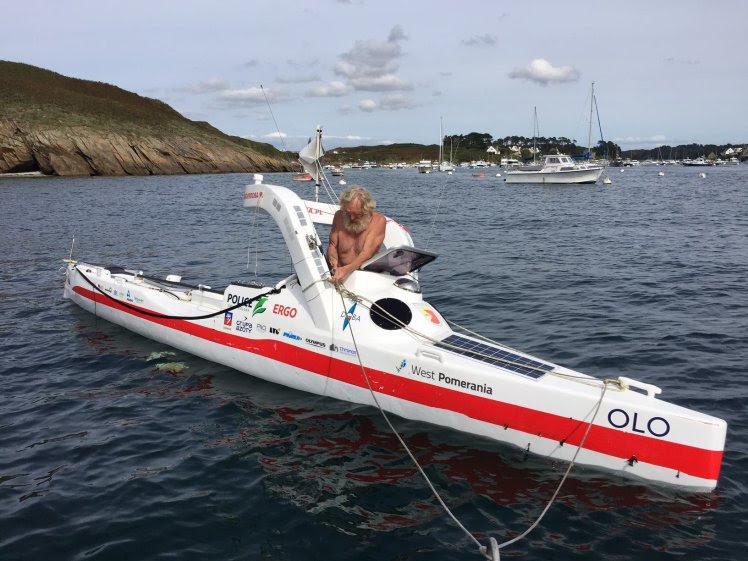 Перед тем как достичь побережья Франции, 70-летний Доба провел в море 119 дней.