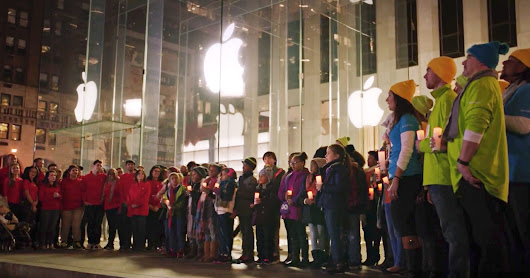 Microsoft Sending Holiday Cheer to Apple Is Heartwarming and Crass | WIRED