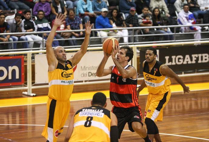 Marcelinho Basquete Flamengo x Capitanes de Arecibo (Foto: Samuel Vélez / FIBA)