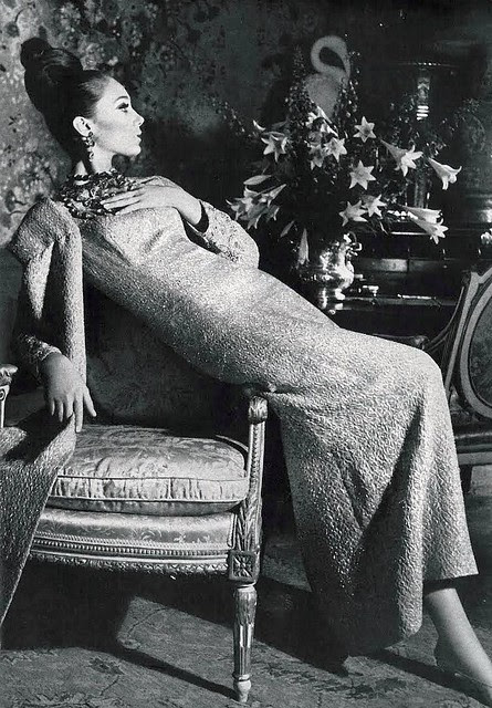 Marisa Berenson by Irving Penn
