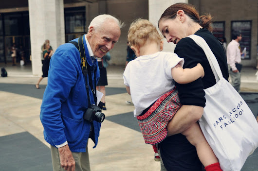 Goodbye to Bill Cunningham - Walking with Cake