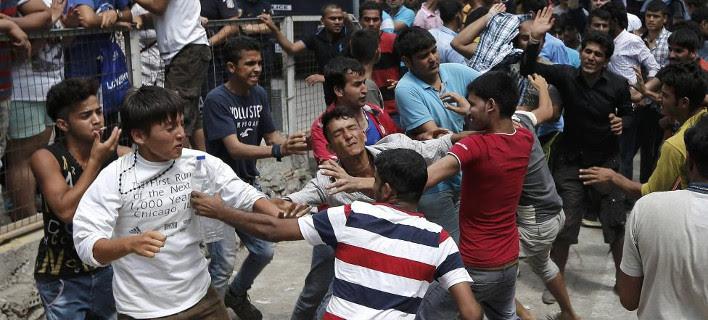 Ξύλο και πετροπόλεμος μεταξύ μεταναστών στην Κω [εικόνα]