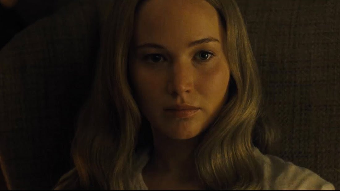 mother! trailer with Jennifer Lawrence makes you wee in your pants a little bit screenshot