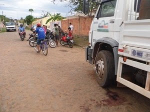 Motorista morreu após ser atingido pelo próprio veículo (Foto: José Luiz da Silva Rodrigues/Jornalesp.com)