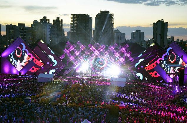 Palco do festival Villa Mix em Goiânia em 2014; evento atraiu 60 mil pessoas