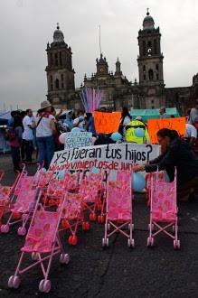 Padres de niños fallecidos en la guardería ABC exigen justicia. Foto: Hugo Cruz