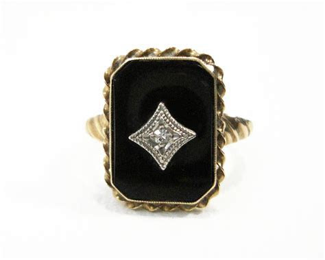 Antique 10K Gold Black Onyx Ring With Diamond
