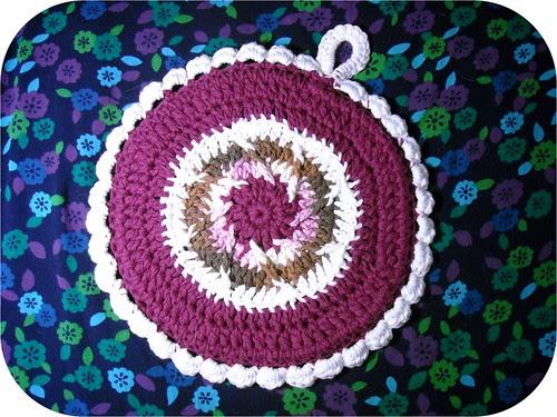 crochet potholder - side b