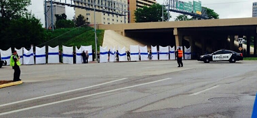 Thin Blue Line blocks Westboro Baptist Church crazies from Orozco funeral in Omaha