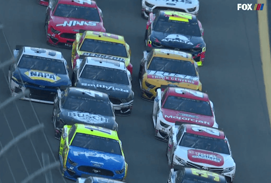 NASCAR explains the contrasting calls for three wide restarts - Racing News